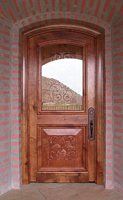 صور ابواب خشبيه رائعه Carved_mesquite_exterior