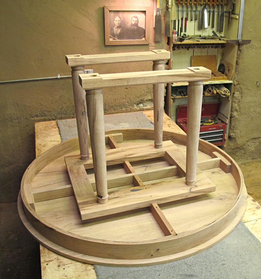 How to build a table base for a round table - How To Build A Round Table Top Designs