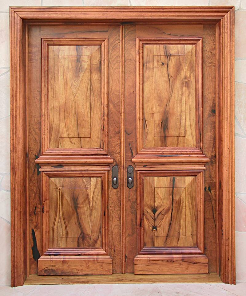 Closeup of mesquite doors & Elegant Mesquite Entry Doors - WGH Woodworking
